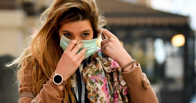 Coronavirus, le mascherine proteggerebbero anche il portatore: l'ipotesi è promettente
