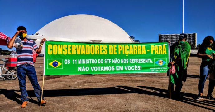 Il Brasile ormai è un gigante con i piedi d'argilla. Bolsonaro sotto attacco anche del 'fuoco amico'