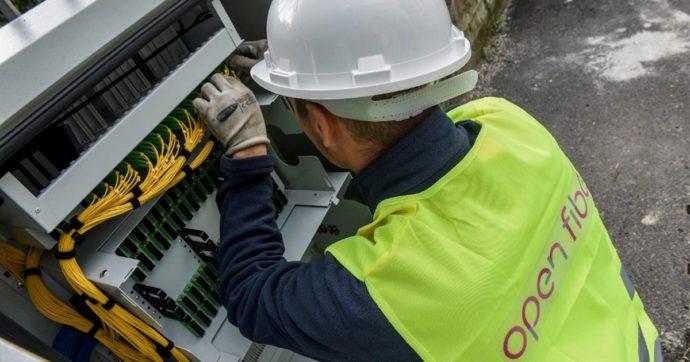 Voucher banda larga, da oggi si può ottenere lo sconto fino a 500 euro firmando un contratto con un operatore di tlc. Ecco a chi spetta