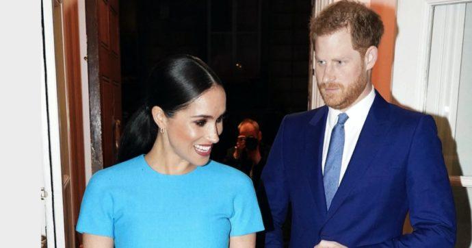 """Meghan Markle rivelò di essere incinta al matrimonio di Eugenia: """"Il principe Harry era in imbarazzo"""""""
