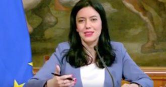 """Scuola, ministra Azzolina: """"A luglio aumenterà lo stipendio degli insegnanti, avranno tra gli 80 ai 100 euro in più. Se lo meritano"""""""