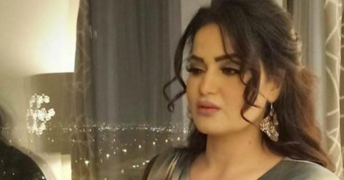 """Egitto, la danzatrice del ventre Sama El Masry condannata a 3 anni di carcere per """"incitazione all'immoralità e alla dissolutezza"""""""