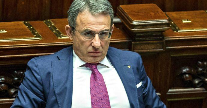 """Decreto Semplificazioni, il ministro Costa: """"Condono edilizio? Se c'è, non dirò mai sì"""". Morassut: """"È una norma 'ammazza suolo'"""""""