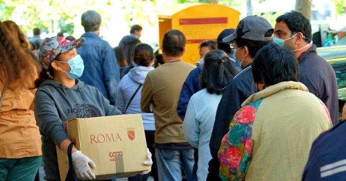 """Covid, Caritas: """"In Italia boom di nuovi poveri tra donne, giovani e famiglie. Gli aiuti di emergenza hanno raggiunto solo i già protetti"""""""