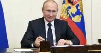"""Coronavirus, Putin: """"Registrato Sputnik, primo vaccino contro Covid-19"""". Ma l'Oms avverte: """"Dovrà passare una rigorosa valutazione"""""""