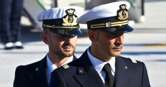 Marò, Tribunale arbitrale dà ragione all'Italia: procedimento penale si svolgerà a Roma. Il governo dovrà risarcire l'India per le morti