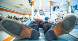 Plasma-files, il nuovo oro liquido: tra business, rischi per i pazienti e Paesi che mettono al bando le tecnologie per la donazione