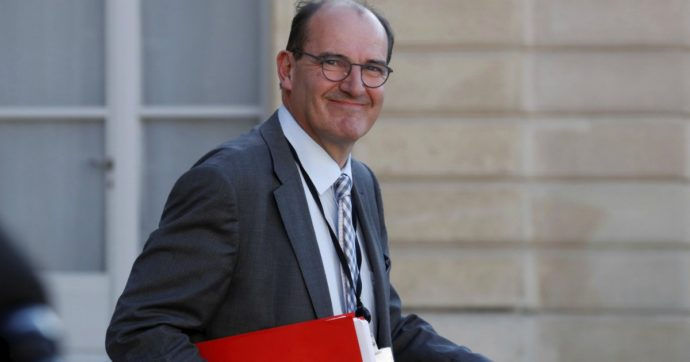 Francia, si è dimesso il premier Edouard Philippe: al suo posto Jean Castex. Al via il rimpasto di governo dopo la disfatta di Macron