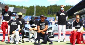 I piloti di Formula 1 sulla linea di partenza del Gp d'Austria con una maglia contro il razzismo