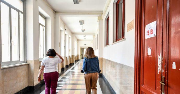 """Scuola, caos sulle graduatorie provinciali online. Gilda: """"Piattaforma in tilt e falle"""". Miur: """"Ci sono tutorial"""""""