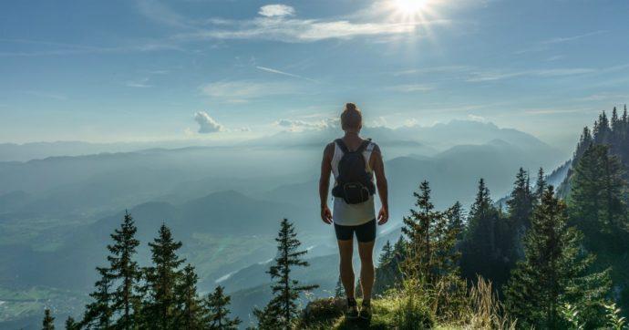 Vacanze 2020, eco-trekking e plogging sono le nuove tendenze: ecco di cosa si tratta
