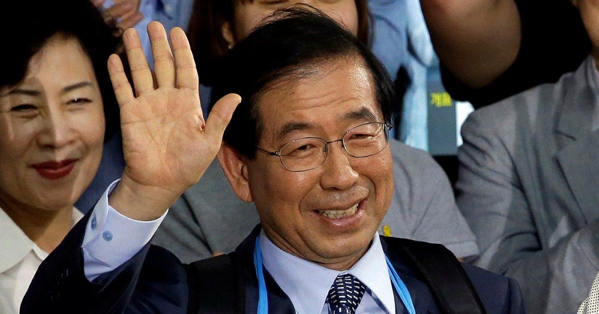 Seul, trovato morto il sindaco. Su di lui l'ombra di molestie