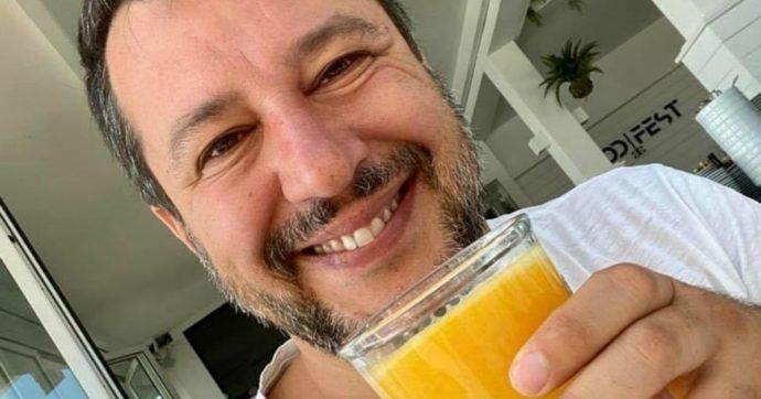 """Salvini torna al Papeete con famiglia e amici, ma senza bagno di folla: """"Non è vero che la gente mi ha voltato le spalle, è tutto sotto tono"""""""