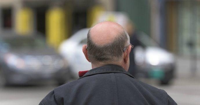 """""""Ho preso un farmaco contro la caduta dei capelli e sono diventato impotente"""": la denuncia di un 35enne finisce in Procura"""