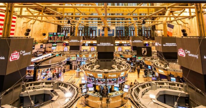 Effetto Covid sui conti delle banche USA che si blindano in vista della tempesta. Tengono i ricavi