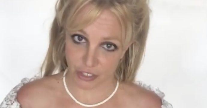 """Britney Spears si scatena in un video: """"Guardate come sono dimagrita"""""""