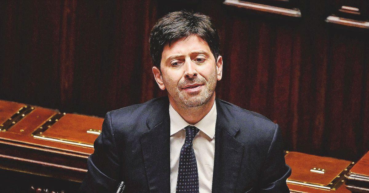 """Speranza alle Camere.""""Restrizioni fino a 31 luglio"""". Salvini: """"Ma ora smettetela"""""""