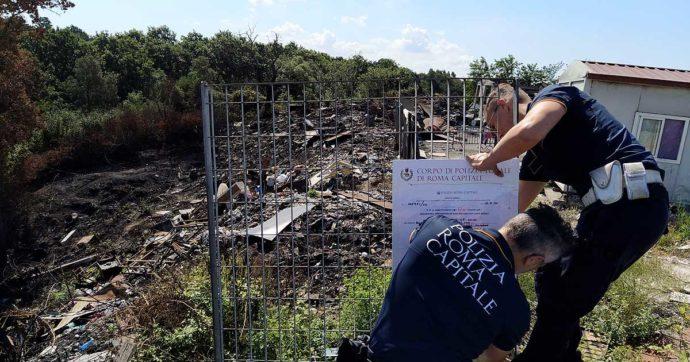 """Roma, """"disastro ambientale e omissioni d'atti d'ufficio"""". Sequestro preventivo per il campo rom di Castel Romano"""