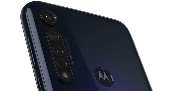 Motorola Moto G8 Plus, smartphone di fascia media in offerta su Amazon a meno di 200 euro