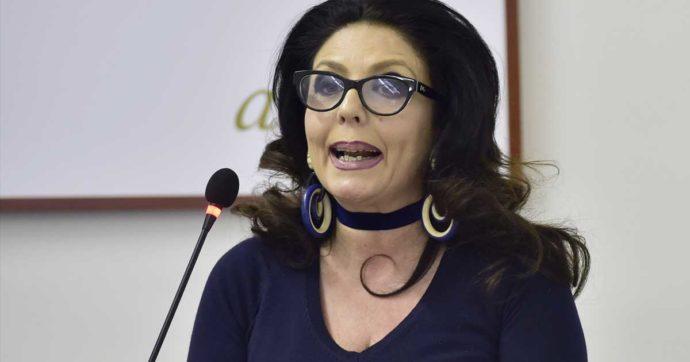Reggio Calabria, minacce al giudice Tommasina Cotroneo: un proiettile e la sua foto con una croce nell'androne di casa