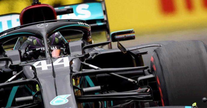 Formula 1, Hamilton in pole nel gran premio di Ungheria. Male le Ferrari: 5° e 6° posizione a più di un secondo