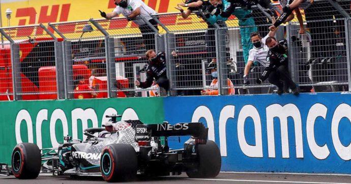 Formula 1, in Ungheria dominio di Lewis Hamilton davanti a Verstappen e Bottas. Ferrari doppiate: sesto Vettel, 11° Leclerc