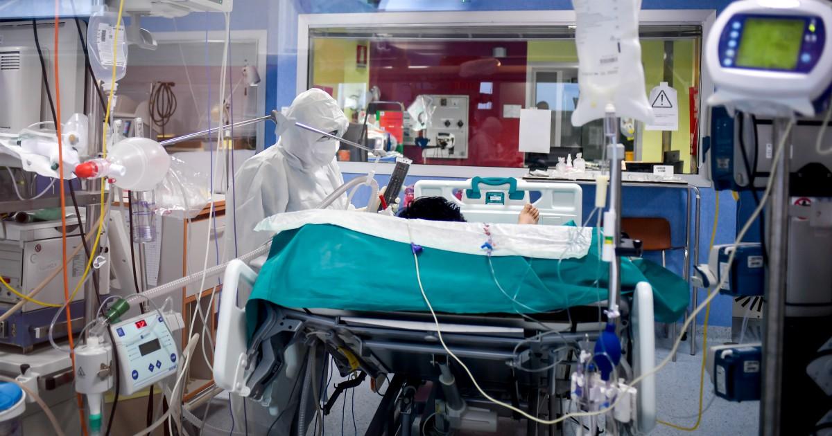 Coronavirus, i dati: nuovi casi in calo, sono 239 in 24 ore. Altri 8 morti, tutti in Lombardia thumbnail