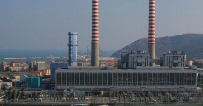 """Savona, Tirreno Power punta ancora sul gas (nonostante il processo in corso). Altolà dei comitati: """"Rischio raddoppio fumi tossici"""""""