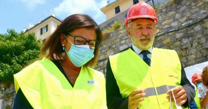"""Autostrade liguri, tir lumaca e proteste contro De Micheli per i cantieri. La ministra: """"Tra polemica e vita, ho scelto di proteggere la vita"""""""