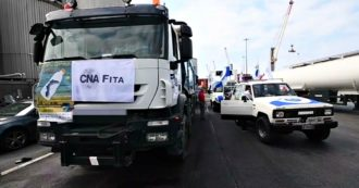 Cantieri autostrade, a Genova il corteo di tir a passo d'uomo: la protesta per la viabilità