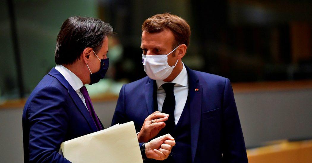 """Recovery fund, intesa raggiunta su 750 miliardi. All'Italia 36 in più rispetto alla proposta di maggio: 82 a fondo perduto e 127 di prestiti. Ai frugali più sconti. Conte: """"Momento storico, ora ripartire con forza"""""""