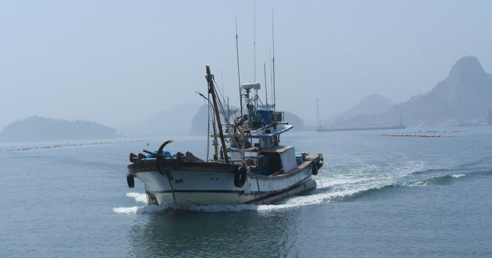 """Croazia, sequestrato peschereccio italiano per uno sconfinamento: equipaggio trattenuto dalle autorità. """"Una svista dovuta al maltempo"""""""