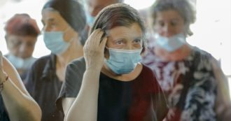"""Coronavirus, in Romania centinaia di positivi """"liberi"""" e record di contagi. Governo: """"Da oggi isolamento degli infetti"""""""
