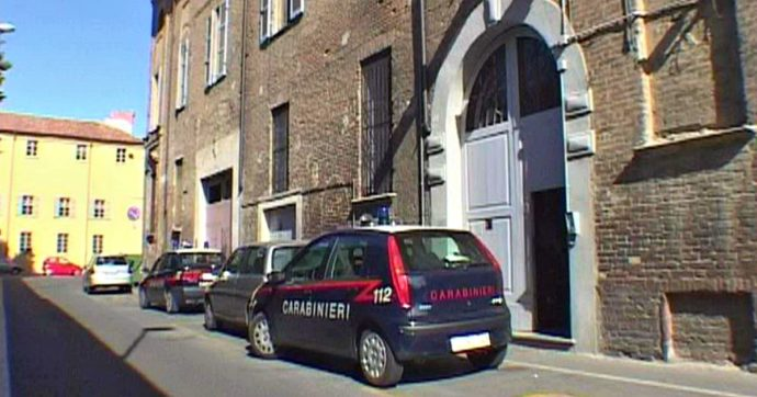 Carabinieri arrestati a Piacenza, grigliata a casa del militare durante il lockdown. Vicina denunciò al 112, ma tutto venne coperto