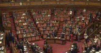 Conte riferisce in Senato dopo la lunga trattativa europea: ovazione per il premier a Palazzo Madama