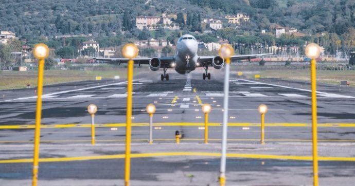 """Aeroporti, crollo dei passeggeri in Italia: -65% nel 2020. """"A giugno primi segnali di ripresa"""""""