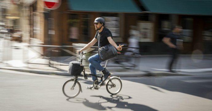 Bici e moto, la pandemia esalta la mobilità individuale. E ora i Comuni puntano sulla sicurezza stradale