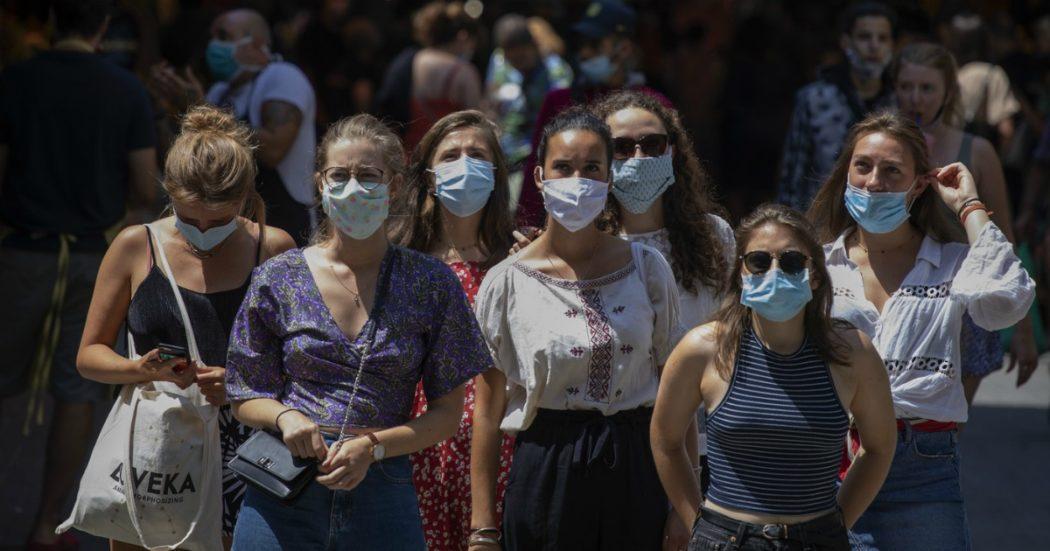 """Coronavirus, Francia: mille nuovi contagi. In Spagna 971: """"Forse è seconda ondata"""". Germania, 2mila casi legati al mattatoio-focolaio. Usa oltre i 4 milioni"""