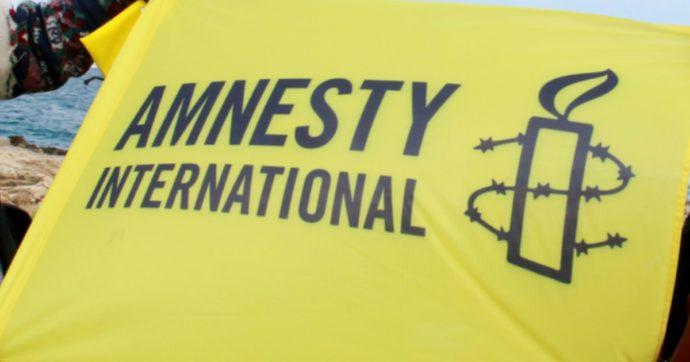 Recovery fund, i suggerimenti di Amnesty International sull'uso dei fondi: riforma fiscale e regolarizzazione migranti