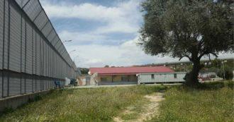 """Migranti, rintracciati 125 dei 184 fuggiti dal Cara di Caltanissetta. Sindaco: """"Ho scritto a Lamorgese, rafforzare sicurezza sul territorio"""""""