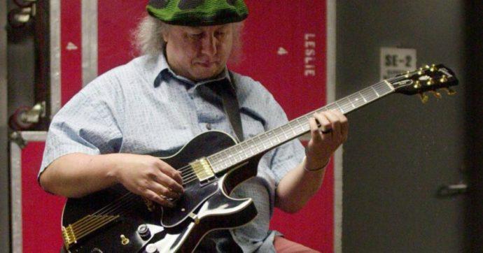 """Morto Peter Green, addio al chitarrista co-fondatore dei Fleetwood Mac: """"È scomparso nel sonno"""""""