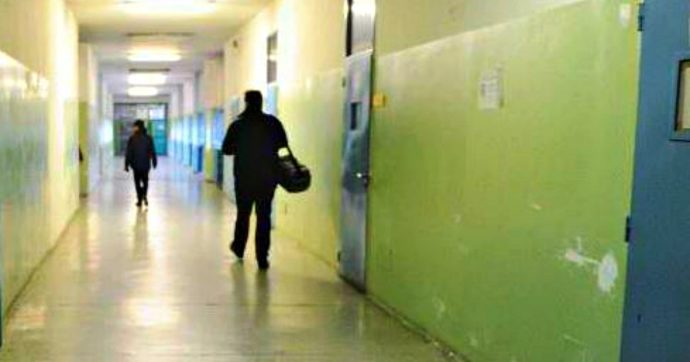 Torino, violenze in carcere: rimossi il direttore e il comandante della penitenziaria accusati di aver coperto gli episodi