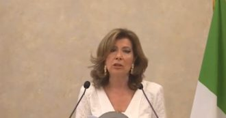 """Senato, Casellati alla cerimonia del Ventaglio: """"In emergenza ricorso esagerato ai dpcm e troppe fiducie, a rischio democrazia parlamentare"""""""
