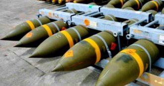 """Governo revoca l'export di bombe verso Arabia Saudita ed Emirati: """"Fermati 12.700 ordigni sui 20mila autorizzati durante mandato Renzi"""""""