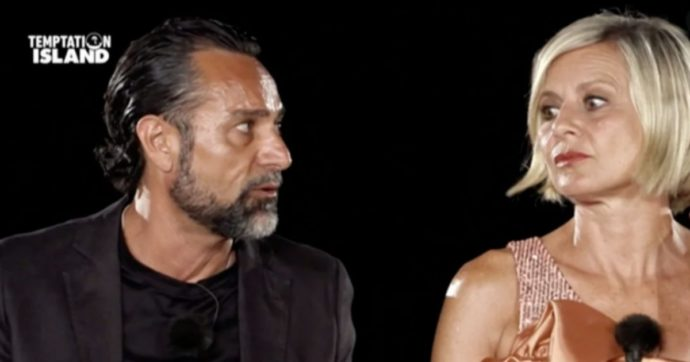 """Temptation Island, """"ti amo ma mi fai schifo"""": gran finale con Antonella Elia"""