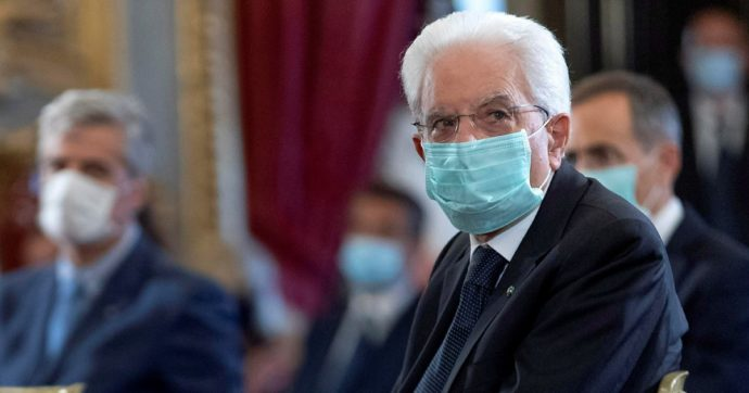 """Hiroshima, Sergio Mattarella nel 75esimo anniversario dell'atomica: """"Stop proliferazione armi o rischio olocausto nucleare"""""""