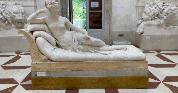 Turista austriaco rompe una statua di Canova mentre si fa un selfie: identificato grazie alle telecamere e alla prenotazione del biglietto