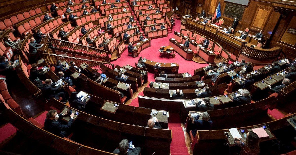Dittatura? È il Parlamento con meno decreti e fiducie
