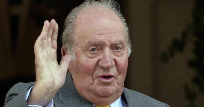Re Juan Carlos abbandona la Spagna e si trasferisce all'estero dopo inchieste per evasione