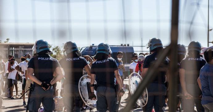 Migranti, giro di prostituzione nel centro di accoglienza siciliano a Capo d'Orlando. Nove misure cautelari